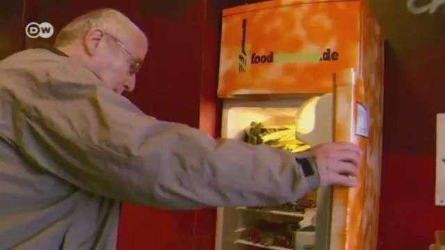 Refrigerador abierto las 24 horas