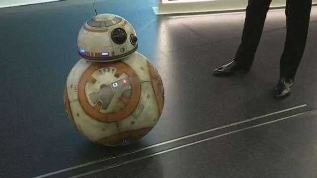 El original robot BB-8 de Star Wars, en Madrid