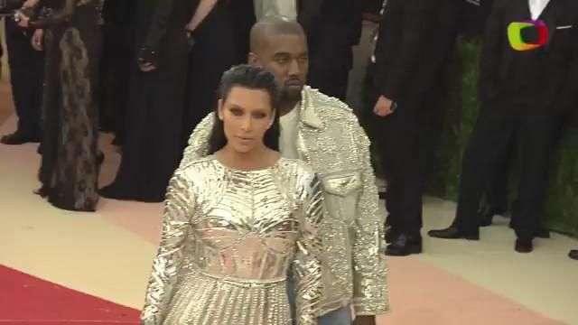 Kanye West y Kim Kardashian ganan 'Best Dressed Couple' en el 2016 Met Gala