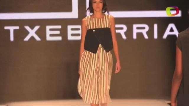 Volumen y artesanía en la Bogotá Fashion Week de Etxeberria