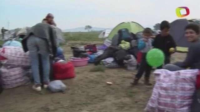 Desalojan en Grecia el mayor campamento informal de refugiados