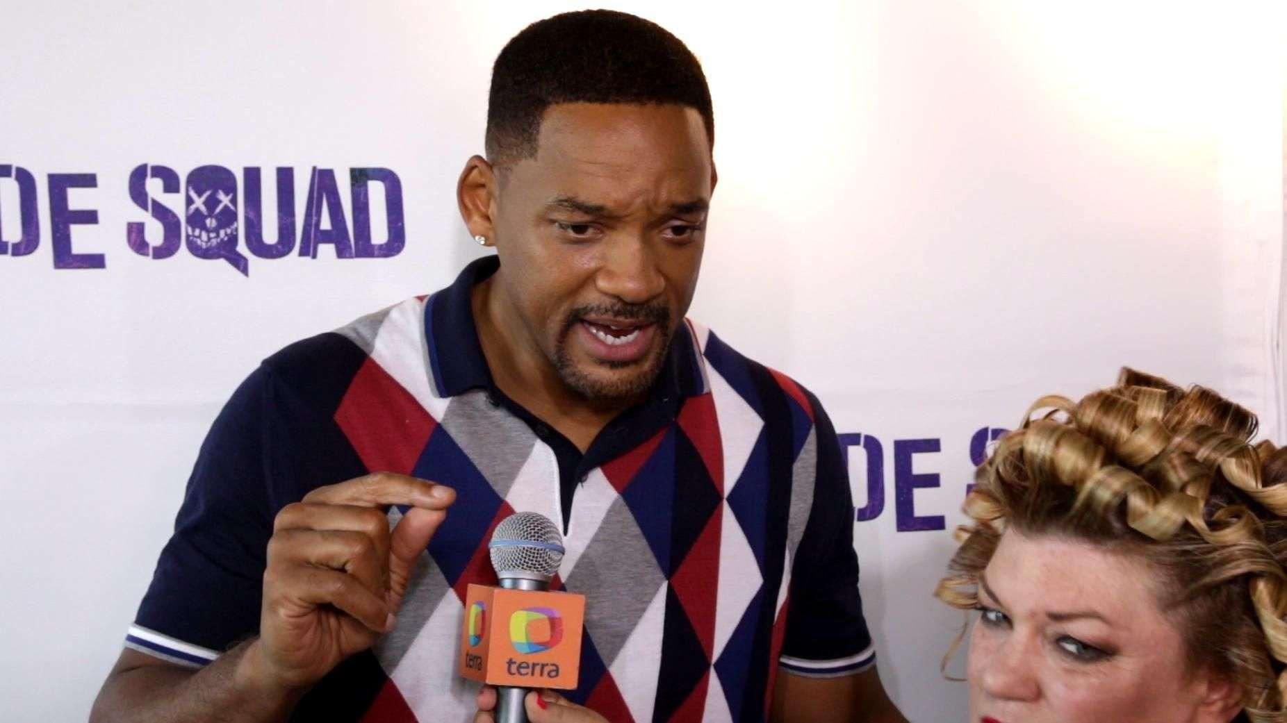 """Will Smith y Margot Robbie revelan mural de """"Suicide Squad"""" en Wynwood, Miami."""