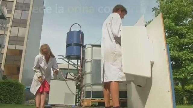 Científicos belgas convierten orina en agua potable
