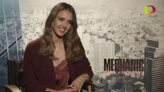 """Jessica Alba es una mujer misteriosa y letal en """"Mechanic: Resurrection"""""""