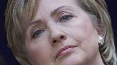 ¿Por qué Hillary Clinton no la tiene fácil?
