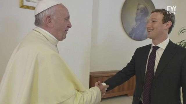 Facebook hace pacto con el Vaticano