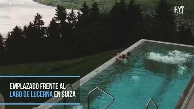 Báñate en esta piscina infinita