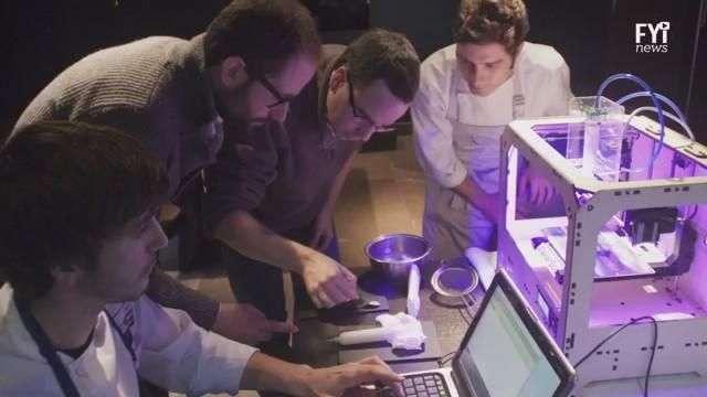 Jóvenes latinos imprimen el futuro en 3D