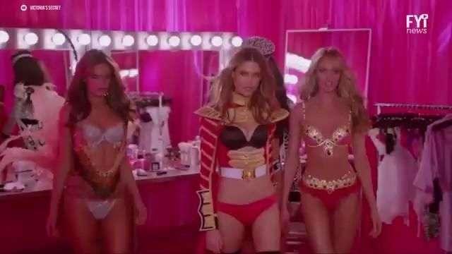 Victoria's Secret renueva a sus ángeles