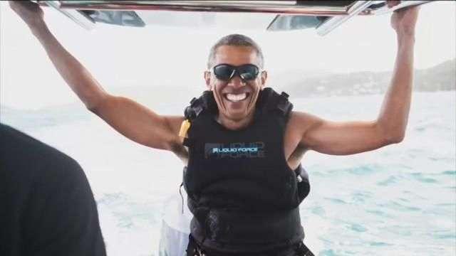 Obama disfruta de sus vacaciones junto al magnate británico Richard Branson