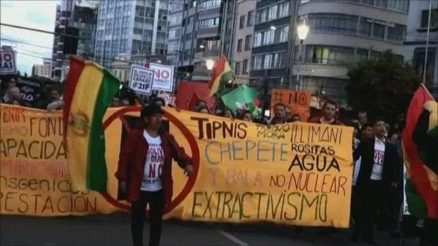 Con movilización exigen respeto al voto contra reelección y cárcel para Evo Morales