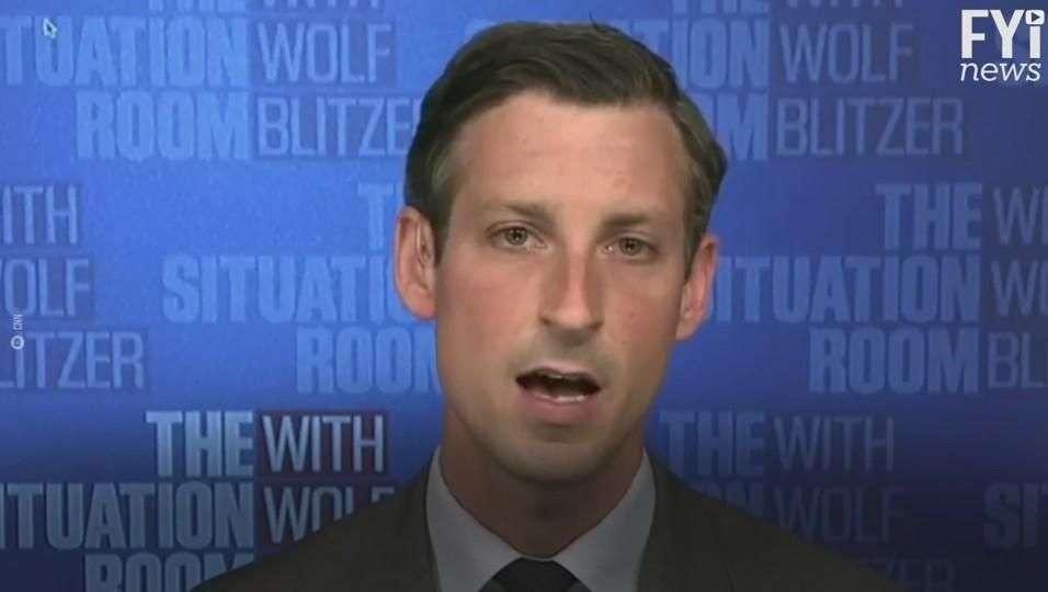 Ned Price, el funcionario que se atrevió a decir lo que pasa realmente en la Casa Blanca