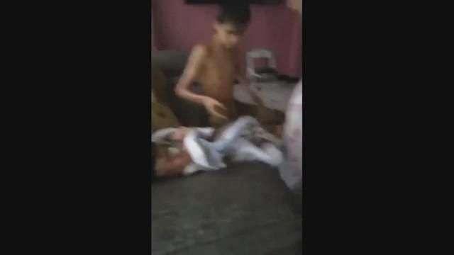 Niño héroe salva a sus dos hermanitos de huaico en Chosica