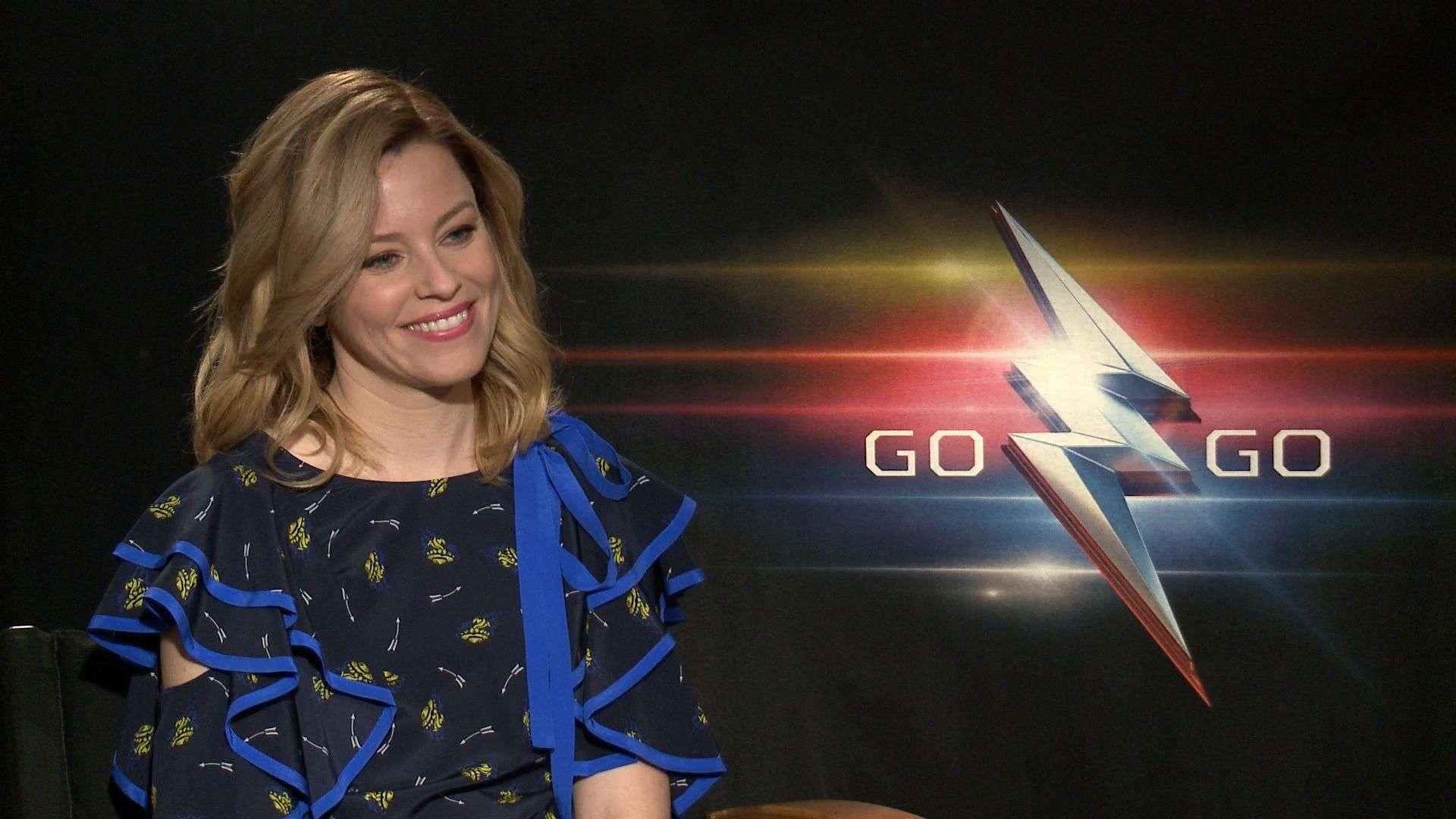 Elizabeth Banks saca las garras en 'Power Rangers'
