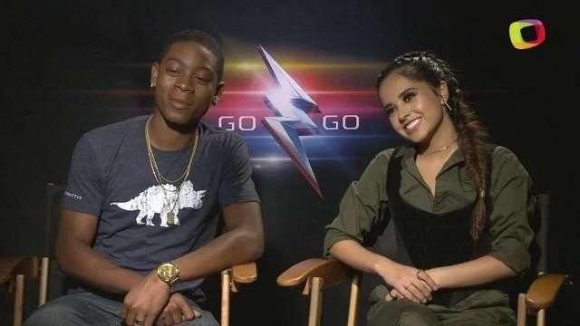Becky G y RJ Cyler son los nuevos Power Rangers