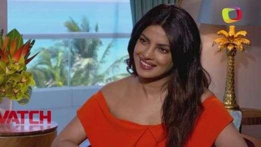 Priyanka Chopra la villana sexy de 'Baywatch' (VIDEO)