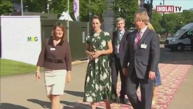 La familia Real Británica asiste al tradicional festival de flores en Chelsea