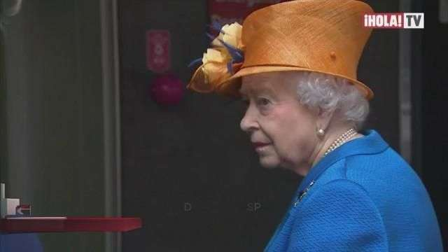 La Reina Isabell II visitó a los afectados del atentado terrorista en Manchester