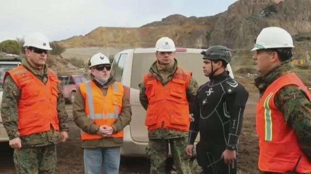 Buscan habilitar ingreso a mina con dos atrapados en el sur de Chile