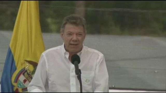 """Santos celebra el """"día en que las armas se cambiaron por las palabras"""""""