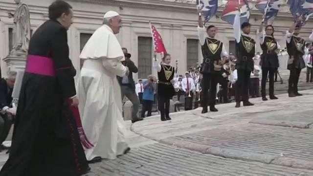"""El papa asegura que no se puede llamar """"mártires"""" a los terroristas"""