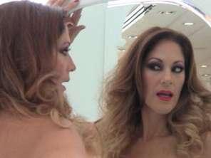 Edith Tapia en backstage con Terra