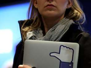 Se cumple un ao del debut de Facebook en bolsa