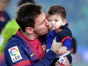 Festejo de Messi y Thiago con el Barcelona 