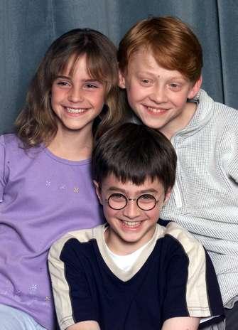 En el 2000, Emma Watson, Daniel Radcliffe y Rupert Grint en una conferencia de la primera película de la saga. Foto: Getty Images