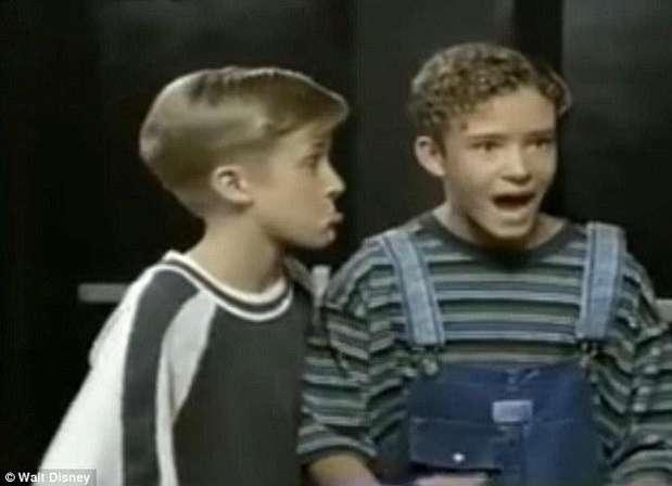 Ryan Gosling y Justin Timberlake compartieron créditos en Disney. Así lucían el par de chicos que se convirtieron en galanes. Foto: Walt Disney