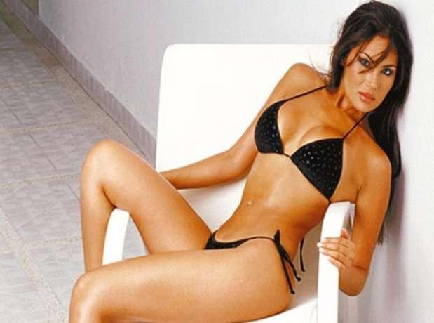 26 de mayo de 2010.- La modelo colombiana Angie Sanclemente Valencia fue detenida en Buenos Aires, acusada de integrar una red de narcotráfico. La mujer, sobre quien pesaba una solicitud de captura internacional, fue apresada en un hotel del barrio porteño de Palermo.  Foto: AGENCIAS