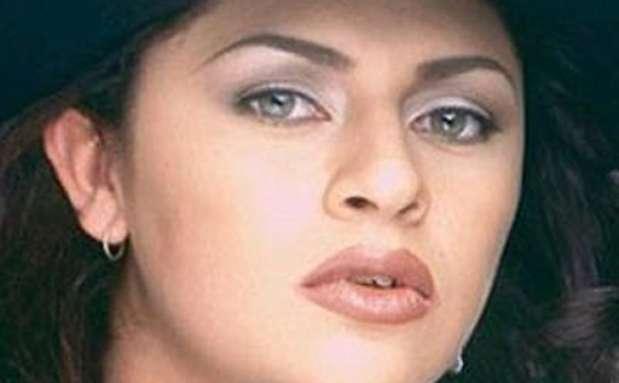 La cantante mexicana de música grupera Zayda Peña Arjona fue asesinada por un sicario en un hospital de la norteña ciudad de Matamoros, Tamaulipas, donde se recuperaba de las heridas de un ataque a tiros que sufrió horas antes, en un cuarto de un motel. Su muerte fue relacionada con el crimen organizado. Foto: AGENCIAS