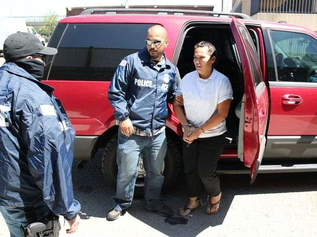 Annel Violeta Noriega Ríos, alias 'La Bonita', fue capturada en Los Ángeles el 27 de junio de 2012. Esta mujer era muy buscada por su participación en el Cártel de La Familia Michoacana. Según los servicios de inteligencia, fungía como contacto entre La Familia y el Cártel de Sinaloa. Foto: EFE
