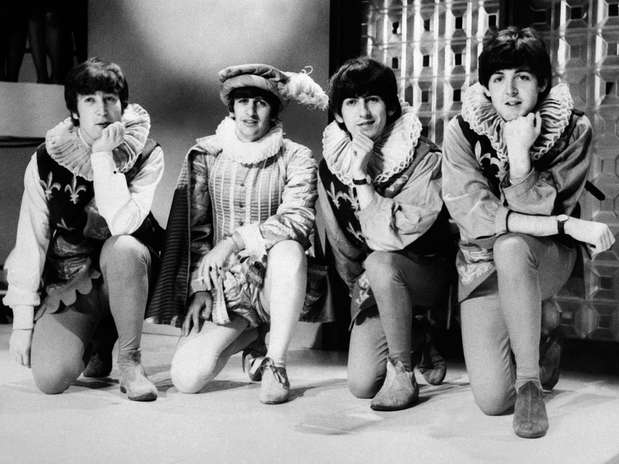 La conmemoración del Día Internacional de los Beatles en Liverpool es un festejo creado para que la ciudad proyecte al mundo sus maravillas culturales.  Foto: AFP