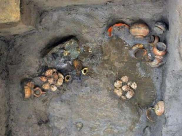 El 4 julio se descubrió una nueva tumba con los restos y joyas de un personaje de alta jerarquía, perteneciente a la élite Sicán o Lambayeque.