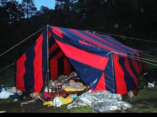 Las casas de campaña de los jóvenes agredidos permanecieron en el Parque Ecológico Colibrí. Foto: Agustín Márquez