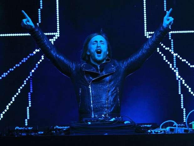 """David Guetta, creador de éxitos como """"One Love"""", ocupa el cuarto sitio gracias a los $13.5 millones de dólares que amasó. Foto: Getty Images"""