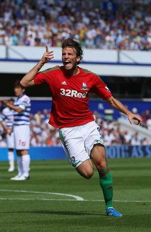 Miguel Pérez Cuesta, Michu, anotó dos goles en su debut con el Swansea Foto: Getty Images