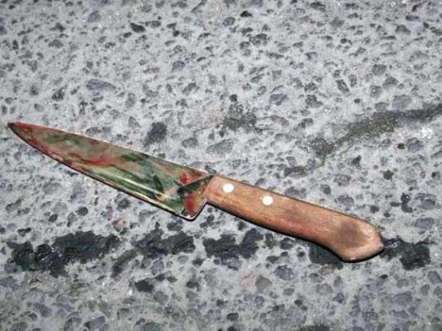 A los agresores se les encontró un cuchillo con una hoja de 30 centímetros que presuntamente utilizaron para matar a su víctima. Foto: Gerardo Olvera / Reforma
