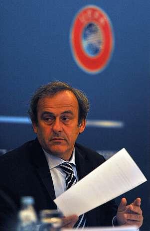 La UEFA, presidida por Michel Platini, decidirá en 2013 la adhesión de Gibraltar, en el Congreso Ordinario del organismo, a celebrarse en Londres. Foto: AFP