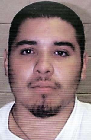 Esta fotografía sin fecha proporcionada el viernes 5 de octubre de 2012 por la Oficina de la Gobernadora de Nuevo México muestra al fugitivo Edward Salas. Foto: Oficina de la Gobernadora de Nuevo México / AP
