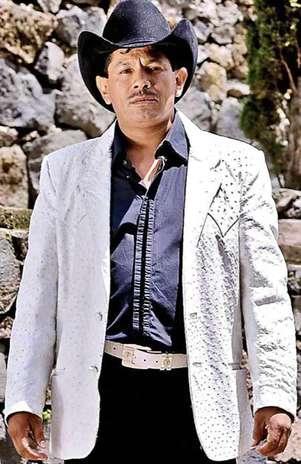 Gonzalo Peña planea un tema más para Jenni Rivera que hable sobre su trágica muerte. Foto: Reforma