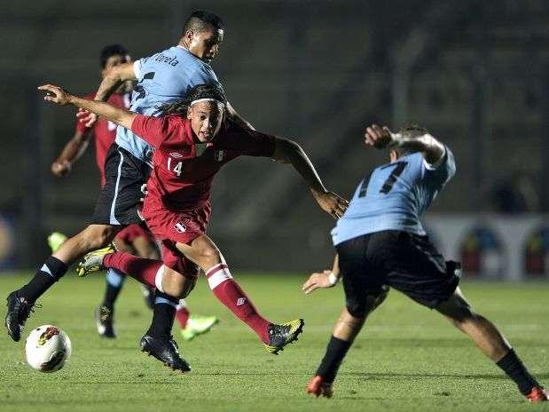 Benavente, canterano del Real Madrid, ingresó en el segundo tiempo y fue fundamental en el empate peruano Foto: AFP