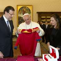 Papa Francisco recibe a Mariano Rajoy.