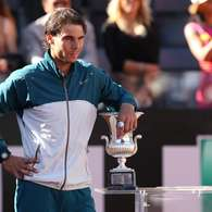 Rafael Nadal supera a Roger Federer en el Master de Roma. Foto: Getty images