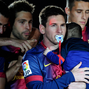 Messi usa el chupete de Thiago en festejos del Barcelona.