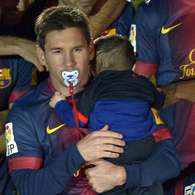 Fotos: Messi celebra el ttulo de Liga con su hijo Thiago. Foto: Gtres