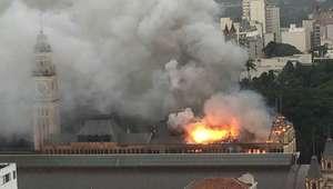 Incêndio atinge Museu da Língua Portuguesa no centro de SP