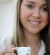 Passo a passo ensina a fazer esfoliante com café e mel