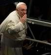 Catadores de papel argentinos assistem à Via Sacra ao lado do Papa